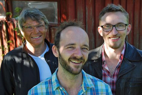 This year, Jes Kroman (left) visits the festival with his latest project, the Fionia Stringband.
