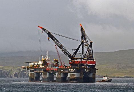 Heavy lift vessel Thialf inside the southern limits of Lerwick harbour on Monday morning. Photo Charlie Umphray