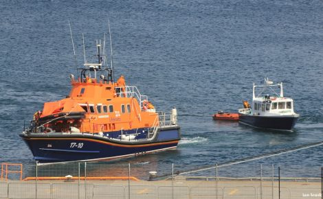 The tour boat Alluvion being towed ashore to the SBS Base at Greenhead on Friday afternoon. Photo Ian Leask