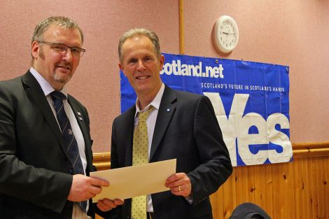 SIC political leader Gary Robinson handing over the Our Islands - Our Future declaration to Yes Scotland chief executive Blair Jenkins - all photos: Hans J Marter/ShetNews