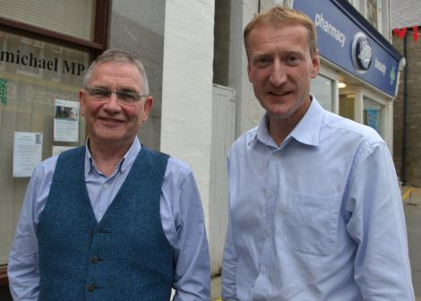 Better Together: former UK trade minister Brian Wilson and Shetland MSP Tavish Scott. Photo: Shetnews/Neil Riddell