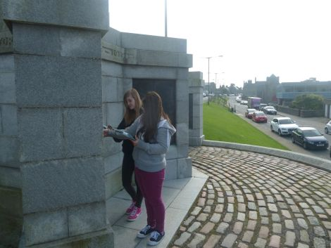 Checking out the Hillhead war memorial