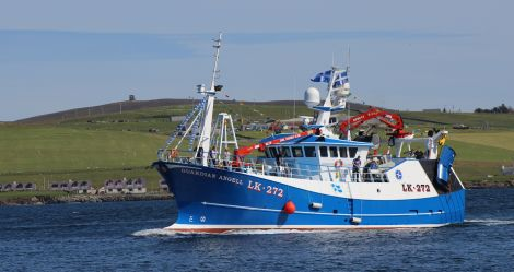 The North Sea Commission's delegation were impressed with the close working relationship between fishermen and scientists in Shetland.