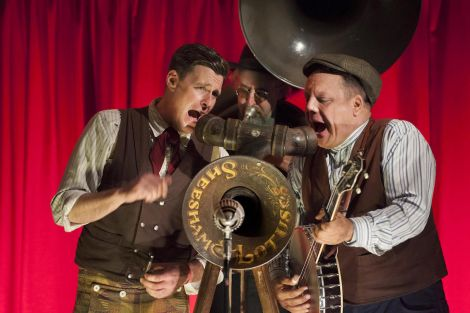 Sheesham Lotus & Son will bring their ragtime and blues over from the States.