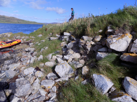 A first photo of the possible broch on the Holms of Hogaland - Photos: http://scottishcrannogs.wordpress.com