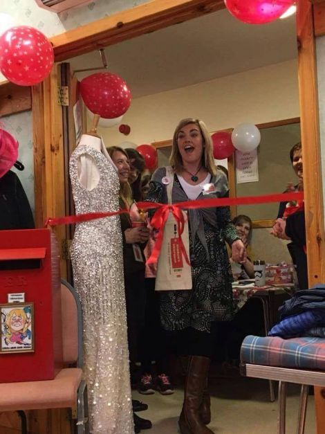 Lisa Crooks doing the honour of opening the 10th wwapshop.