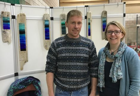 Cheryl Jamieson, pictured with husband Derek, is celebrating nearly ten years as a glass fusion craftmaker under the name Glansin Glass. Photo: Shetland News/Neil Riddell.