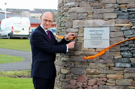 John Swinney cutting the ribbon at the Anderson High School site. Photo: Chris Cope/Shetland News